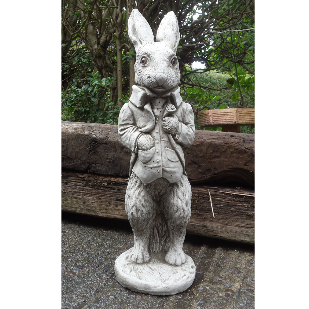 Peter rabbit hand cast stone animal garden ornament patio for Figurine decoration jardin